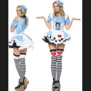 Alice In Wonderland Halloween Costume w/ Petticoat